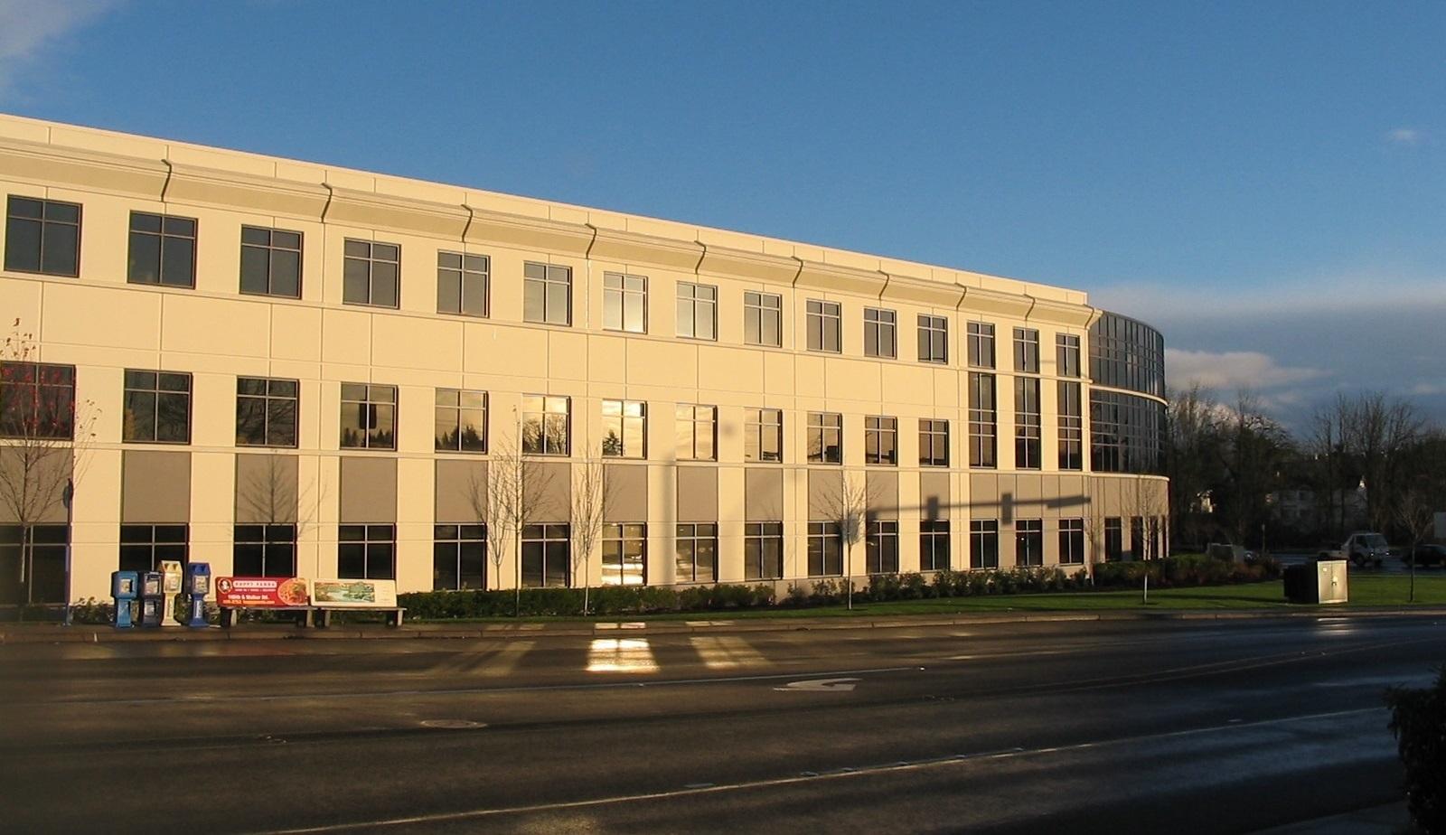 006 Suburban Class A Office_Cornell West